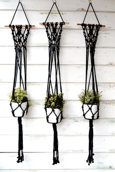 Cotton rope plant hanger made with copper detail and rod, perfect to hang from the wall as a wall hanging and also from the ceiling. H 1,10