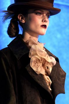Christian Dior   Fall 2010 Ready-to-Wear Collection   Style.com