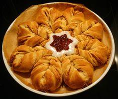 vegaaninen.blogspot.fi: Vegaaninen Runebergin pulla Apple Pie, Desserts, Food, Tailgate Desserts, Deserts, Essen, Postres, Meals, Dessert