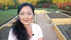How to build raised garden beds on a budget using no tools - YouTube Building Raised Garden Beds, Natural Garden, Garden Spaces, Vegetable Garden, Gardening Tips, Herbs, Budget, Tools, Plants