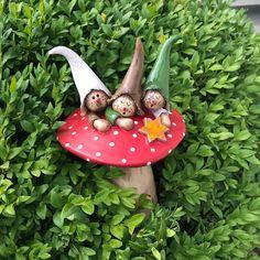 Mushroom – Garden Figures – Gardening & Floristry – Handmade with love in Leinach, Germany by Die kleine Tonwerkstatt aus Leinach Pottery Lessons, Garden Figurines, Clay Fairies, Clay Pot Crafts, Garden Ornaments, Clay Art, Ceramic Art, Garden Art, Sculpture Art