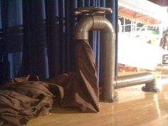 Chocolate River Spigot - not sure if we can make this happen or not. But would totally love it if we could! Willy Wonka Halloween, Willy Wonka Costume, Halloween 2017, Wonka Chocolate Factory, Charlie Chocolate Factory, Giant Candy, Set Design Theatre, Chocolate Party, Candy Decorations
