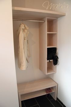 Garderoben, individuell angepasst, Garderobenbrett Source by chrissirak closet ideas Living Room Modern, Home And Living, Living Room Designs, Small Room Bedroom, Mudroom, Room Inspiration, Storage Spaces, Entryway, Sweet Home