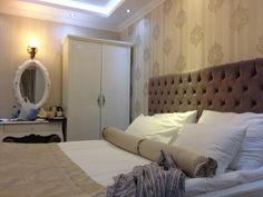 hotel room (105824896)