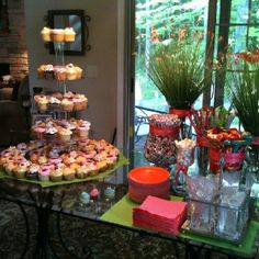 cupcake candy table at my daughters graduation party