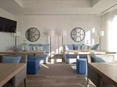 Sala de eventos del Restaurante Hotel Balandret en Valencia en la Playa de Las Arenas, en la malvarrosa. Salón de reuniones o celebraciones privadas, Vistas al mar Mediterráneo: Capacidad: 40-50 personas Tamaño: 60 m²