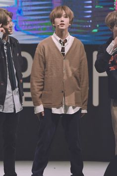 """© SUN&MOON | do not edit."" #NCT #NCTDREAM #JISUNG Wembley Arena, Park Jisung Nct, Nct Group, Park Ji Sung, Kpop, Taeyong, Nct Dream, Boy Groups, Actors"