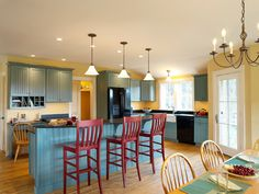 Vintage pendants add classic England charm to this quintessential Vermont farmhouse. With loads of options, this light can light up any farmhouse kitchen. Farmhouse Design, Farmhouse Style, New England Farmhouse, Kitchen Colors, Kitchen Ideas, Red Kitchen, Compact House, Black Countertops, Cottage Kitchens