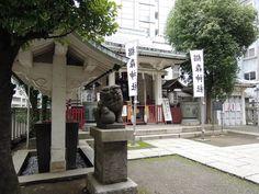 Suginomori Jinja da buena suerte para el negocio | daytrip.photo