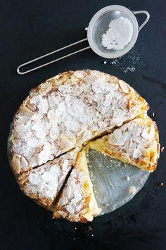 lemon, ricotta & almond flourless cake.