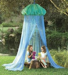 Under The Sea Giant Jelly Fish Lighted Canopy Net Tent NEW Playroom Bedroom