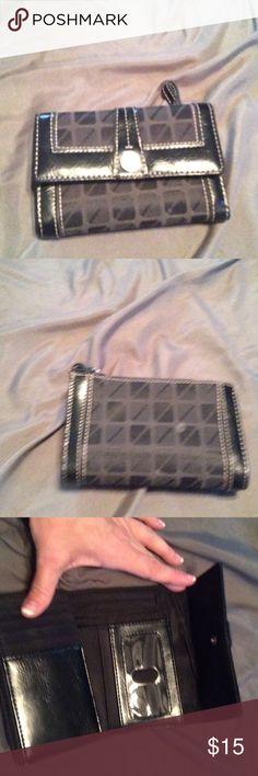 Nine West trifold wallet Nine West trip fold wallet Nine West Bags Wallets