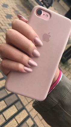 Nackte rosa Nägel 🌸💗 – 𝕰𝕸𝕽𝕰 – Join the world of pin Iphone 7 Plus Rose, Apple Iphone 6s Plus, Cute Phone Cases, Iphone Phone Cases, Iphone Case Covers, Pink Iphone, Iphone Seven Cases, Ipod Cases, Telefon Apple