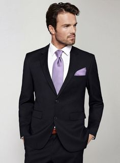 The option to get men's guest clothes is easily made available through Made To Measure or Bespoke. A nice suit or tuxedo is recommended for male guests at official weddings. Men's and tuxedo guest attire is also a very good choice. Formal Wedding Attire, Black Suit Wedding, Wedding Suits, Wedding Tuxedos, Lilac Wedding, Farm Wedding, Wedding Colors, Dream Wedding, Grey Suit Men