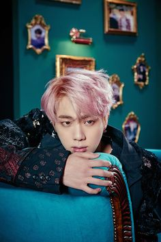 Jin || WINGS_Photobook W