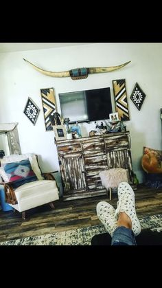 Favorite conducted bohemian home decor ideas No Commitment Western Bedroom Decor, Western Rooms, Western Decor, Country Decor, Rustic Bedrooms, Western Nursery, Cowgirl Bedroom, Western Style, Country Style Homes