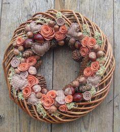 Lehulló levelek - őszi hangulatú ajtódísz , Dekoráció, Otthon, lakberendezés, Dísz, Kerti dísz, A kamrában leltem rá erre a gyönyörű vessző koszorú alapra, amely színében és anyagában i..., Meska