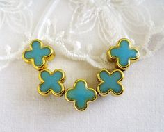 CCB Spacer Beads Gold Plated Glitter Blue Clover Double by vess65, $3.50