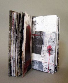 The whole idea of art journalling seems to be gathering and creating whether it be images or words or a combination of both. Artist Journal, Artist Sketchbook, Kunstjournal Inspiration, Art Journal Inspiration, Handmade Journals, Handmade Books, Paper Book, Paper Art, Altered Books