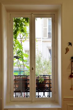 Pascale Amaddeo Office in Paris