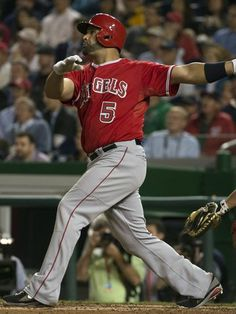 Pujols became the player in major league history to hit 500 home runs. Baseball Star, Angels Baseball, Albert Pujols, Hit Home, Mike Trout, Angel Beats, Best Player, Major League, Mlb
