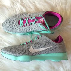 the best attitude 2857b ab3a3 Nike Zoom Fit Training Sneakers Woman s Nike zoom fit training sneakers  Gray with mint soles and and fuchsia with a white swoosh New with original  box Size ...
