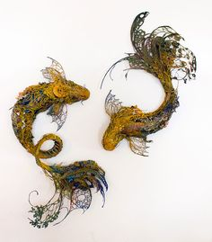 Canadian Sculptor Ellen Jewett has created a wonderful series of handmade surreal animal sculptures, using her background in anthropology, biology, and medical illustration . Fantasy Animal, Fantasy Creatures, Sculpture Textile, Sculpture Clay, Ellen Jewett, Flora Und Fauna, Historia Natural, Colossal Art, Medical Illustration