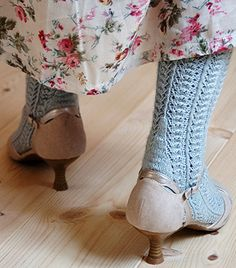 Dressy sock : Knitty Spring+Summer 2013 #free_pattern