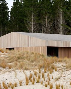 Te Arai Beach House on the east coast of the North Island of New Zealand. Architecture by interiors by and… New Zealand Architecture, Residential Architecture, New Zealand Beach, Contemporary Cabin, Steel Barns, Farmhouse Architecture, New Zealand Houses, Timber Cladding, Outdoor Fire