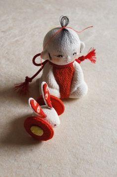 すくすく Kawaii Doll, Soft Sculpture, Shibori, Vintage Toys, Folk Art, Oriental, Arts And Crafts, Japanese, Christmas Ornaments