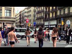 Marketing de guerrilla para la presentación de la moda interior de Desigual