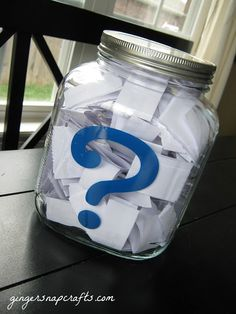 family question jar {tutorial} -- Probably use a plastic bag for easier travel, but this could be great for long car rides!