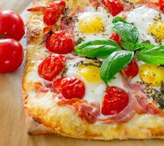 PANCETTA AND GRUYERE BREAKFAST PIZZA #PANCETTA #GRUYERE_PIZZA