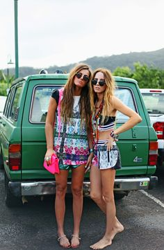 ☼ ☯ ✿ ✿ ☯ ☼ - best friends summer spring warm hot weather girlfriends friend soulmates festival party outside music crochet crochets