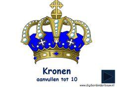 Digibordles: Kronen: aanvullen tot 10. De Koning en de Koningin hebben 10 kronen. De 10 kronen bewaren ze in een kast. Nu zijn niet alle kronen in de kast. Hoeveel kronen missen er? Bij dit spel kunnen de kinderen makkelijk de lege plekken in de kast tellen. Later staan de kronen op een plank en moeten ze echt aanvullen tot 10. Dat is wat lastiger. http://digibordonderbouw.nl/index.php/themas/koningsdag/koningsdagdigibord/viewcategory/531