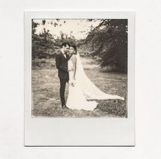 Always time to stop for one of these.  @ledomainedemontjoie @cymbelineparis @christopheversolato @jolicoupdepouce @cecileplessis_photographe  #weddingdress #weddingstory #weddings #weddingpolaroid #weddingfilm #filmisnotdead