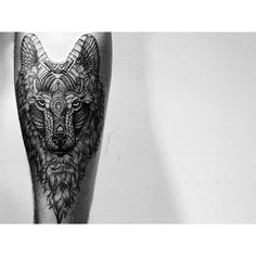 "Tatuagem feita por <a href=""http://instagram.com/jonaslimatattoo"">@jonaslimatattoo</a>  ❤️"