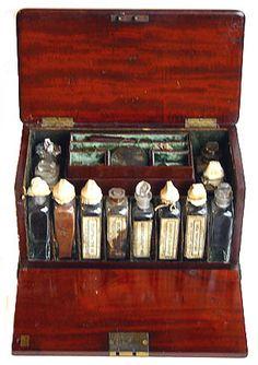 http://antiquescientifica.com/medicine_chest_Springweiler_open_front_down.jpg