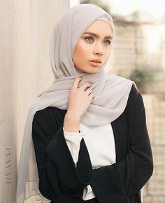 44 Ideas Style Hijab Simple Outfits For 2019 Modern Hijab Fashion, Islamic Fashion, Muslim Fashion, Modest Fashion, Trendy Fashion, Trendy Style, Hijab Turban Style, Mode Turban, Hijab Outfit