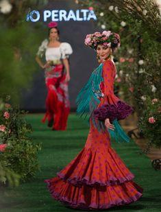 Rocío Peralta en We Love Flamenco 2018. Foto: Vanessa Gómez Fishtail, Mermaid, Lady, Dresses, Fashion, Party Fashion, Outfits, Flamenco Dresses, Victorian Dresses