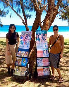 "Perth - Public witnessing #literature_cart (Appreciate the ""sacrifice."") ;-)"