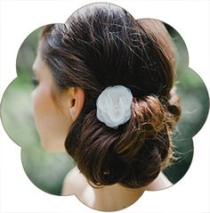 Haarblüte klein aus Seide für die Braut, Tracht, Sommerfest, Standesamt. Silk Flower Headpiece, Hairaccessoires wedding.
