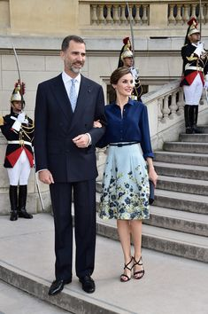 Queen Letizia of Spain Photos - King Felipe Of Spain and Queen Letizia Of Spain On Official Visit In France : Day 1 - Zimbio