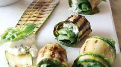 Involtino di zucchina alla griglia con caprino e basilico