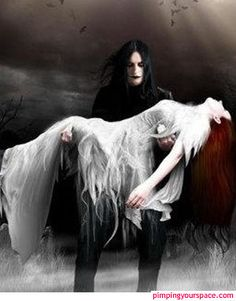 According to Brad Sinor, journalist and writer of short horror stories, the confusion between paranormal romance and gothic horror comes from the gothic literature of the sixties. Art Vampire, Vampire Love, Gothic Vampire, Vampire Photo, Dark Fantasy, Fantasy Art, Gothic Pictures, Gothic Images, Pictures Images