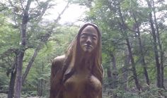 El Bosque Tallado, mágico y natural /The magical and natural Carved Forest. [ESP/ENG] — Hive Carving, Long Hair Styles, Natural, Beauty, Woods, Tourism, Wood Carvings, Long Hairstyle, Sculptures