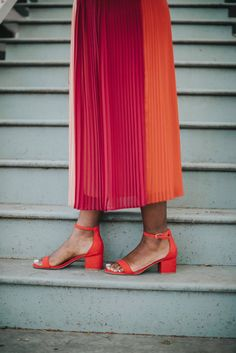 Color Blocked Pleated Skirt | Burnt Orange Sandals | Ruthie Ridley