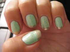 Mint condition! An unexpected and stunning color combination.