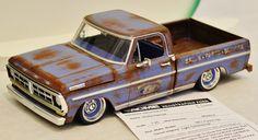 Lowrider Model Cars, Diecast Model Cars, Custom Hot Wheels, Custom Cars, Camionnette Chevy C10, Hobby Cars, Pick Up, Plastic Model Cars, Antique Trucks