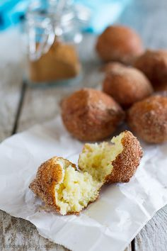 Ricotta Doughnuts - These easy ricotta doughnuts are soft and tender and require 0 rising time!